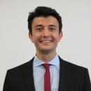 Sprachbegeisterter Lehrer Andreas gibt Deutschnachhilfe in Wien